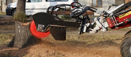 Измельчитель пней с гидравлическим приводом для прицепки к строительной машине FZ 465