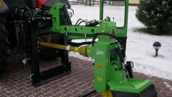 Прицепнoй измельчитель пней за трактор с ручным управлением FZ 560 T - M